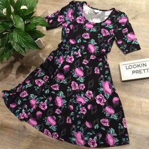 LuLaRoe Nicole Dress Blk & prpl floral pattern XL
